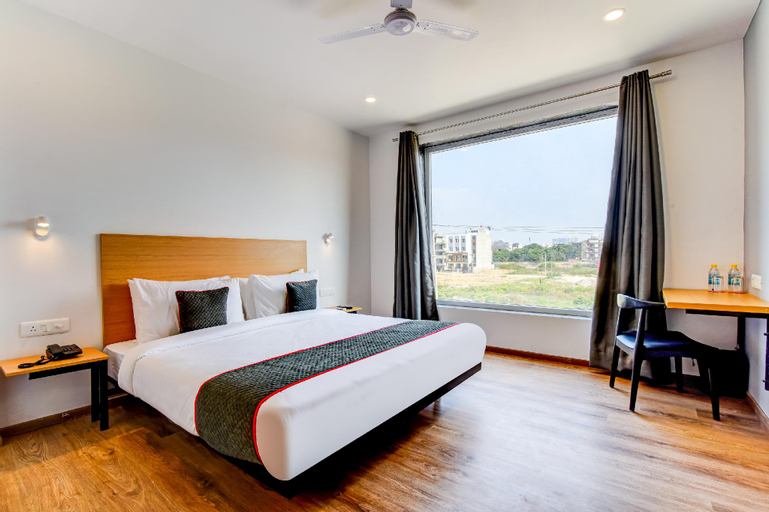 OYO Townhouse 107, Sec 52, Gurgaon, Gurgaon