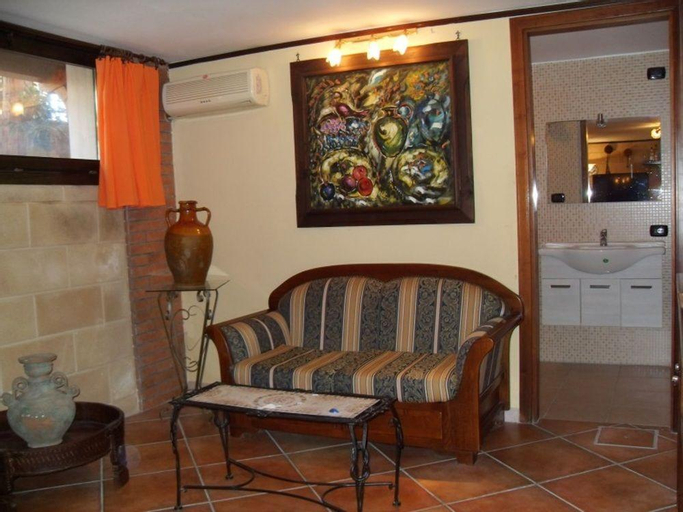 Apartment With 2 Bedrooms in San Donaci, With Wifi, Brindisi