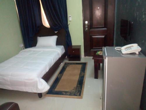 Fingerprints Hotel & Suites, Akure North