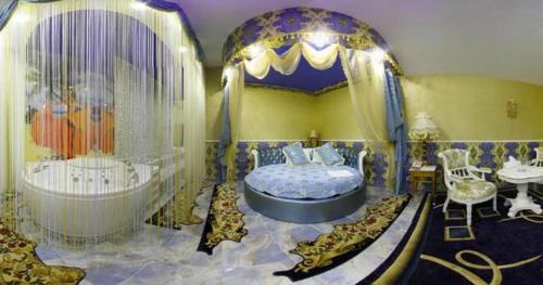 Mishel Hotel, Kharkivs'ka