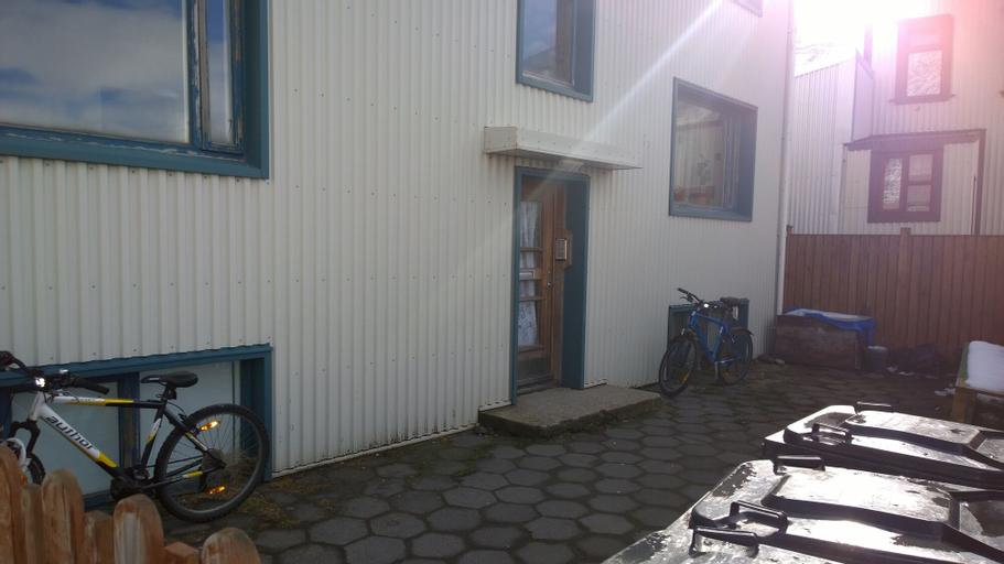 Budget Apartment with Ocean View, Ísafjarðarbær