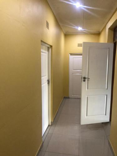 Suite 14, Palapye