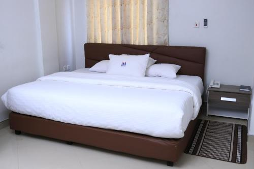 Mawuli Hotel, Adansi North