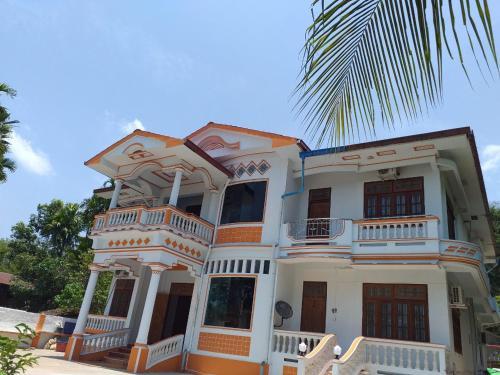 Royal Hostel, Mergui