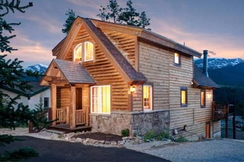 Silver Pines Cottage, Summit