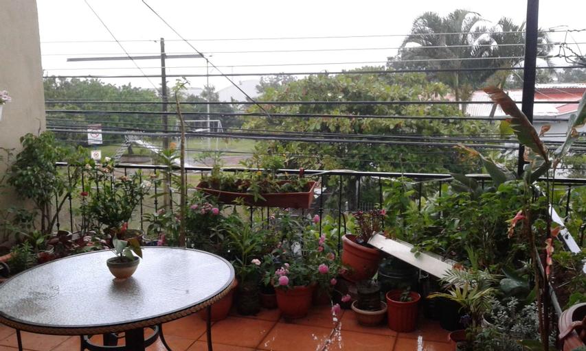 Costa Rica Love Apartments & Rooms, Santo Domingo