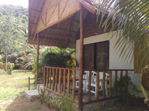 Garden Bay Beach Resort El Nido, El Nido