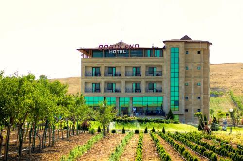 Qobuland Hotel, Qobustan