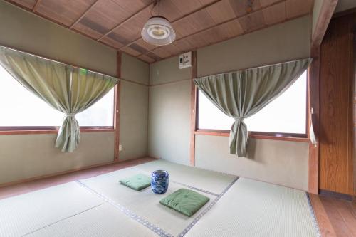 Zen Meditation Retreat, Hiji