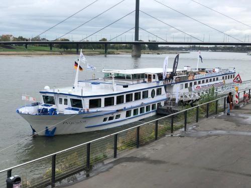 MS Poseidon, Düsseldorf