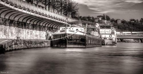 Chambres d'hotes sur la Meuse a bord de la Peniche Formigny, Namur