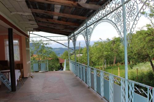Armazi, Khulo