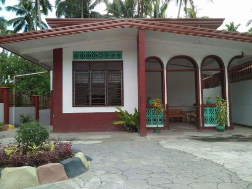 Casa Andrea, Makilala