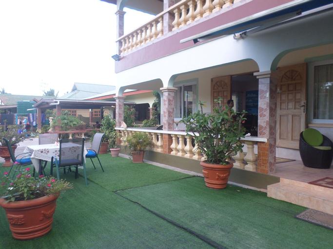 Villa Bananier Guest House,