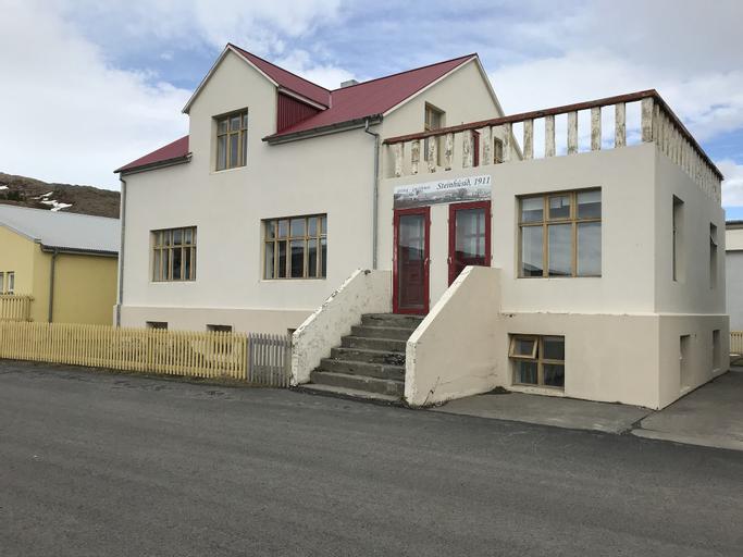 Guesthouse Steinhusid,