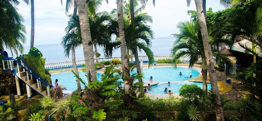 Estaca Bay Gardens Conference Resort, Compostela