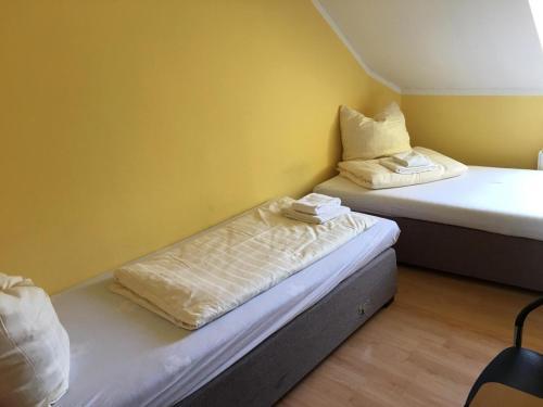 Zweibettzimmer, Kaiserslautern