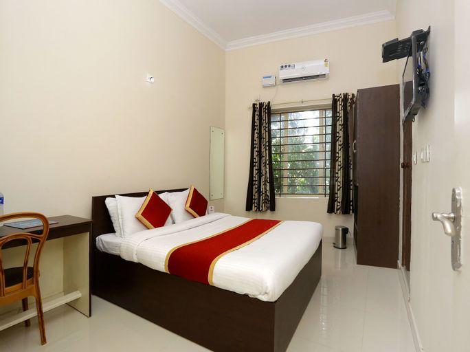 OYO 9118 Saravana Inn, Thiruvananthapuram