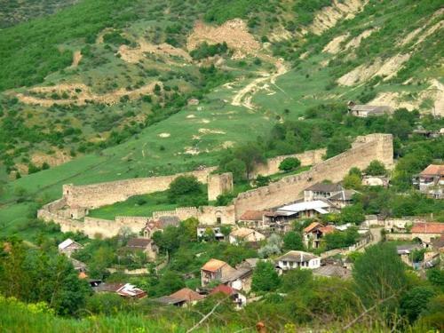 Villa Saskhori, Kaspi