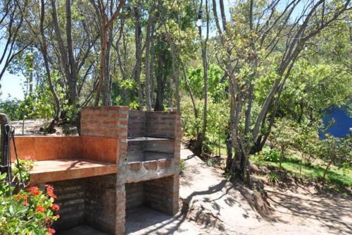 Cabana de veraneo con vista en Lago Colbun, Linares