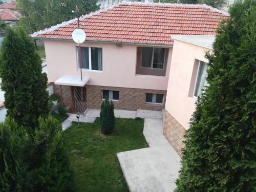 Къща за гости Мира, Strelcha