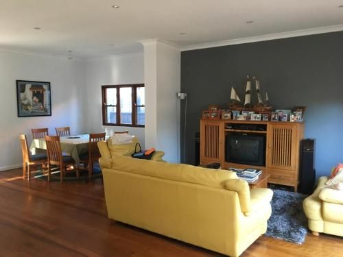 Maroubra rooms in modern house, Botany Bay