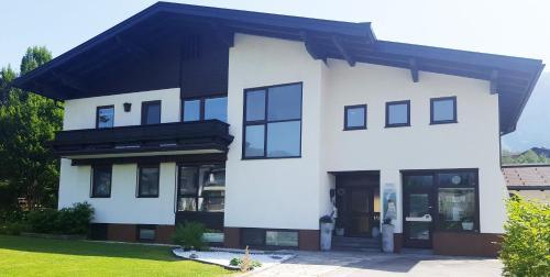 Apartments Almstein, Hallein