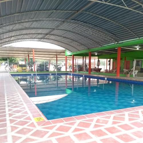 Hotel y Restaurante Los Cubides, Curumaní