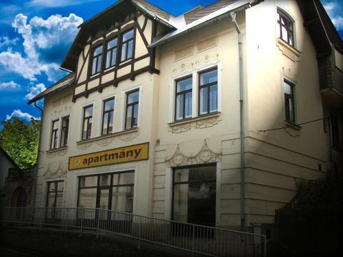D apartmany, Semily