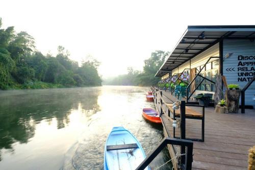 Baan Rai Darun Home, Thong Pha Phum
