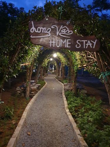 LONG VAN HOMESTAY, Sơn Hòa