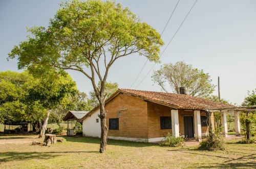 Establecimiento Familiar La Cascada, Valenzuela
