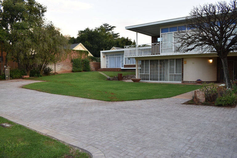Goedgedacth Guest rooms, Dr Kenneth Kaunda