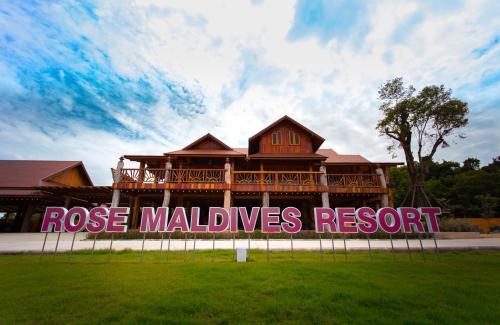 Rose Maldives resort, Klaeng