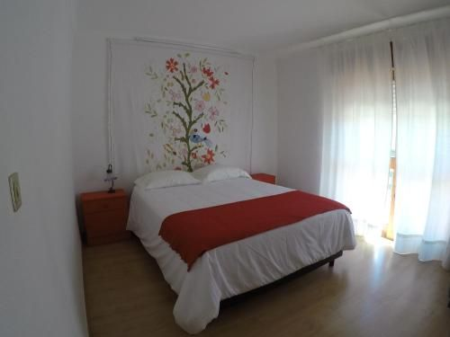 Balcony House 500mts From The Beach In A Very Quiet Place Around There Are Monu, Marinha Grande