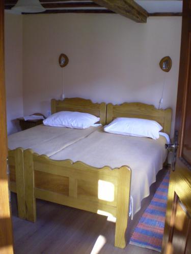 Apartments Iza Na Trem, Sisak