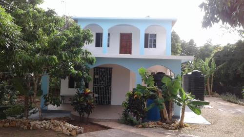 Lovely Jamaica Home,