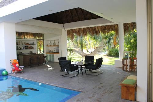 Chalet de Playa Exclusivo, Amplio, Comodo y Moderno, San José