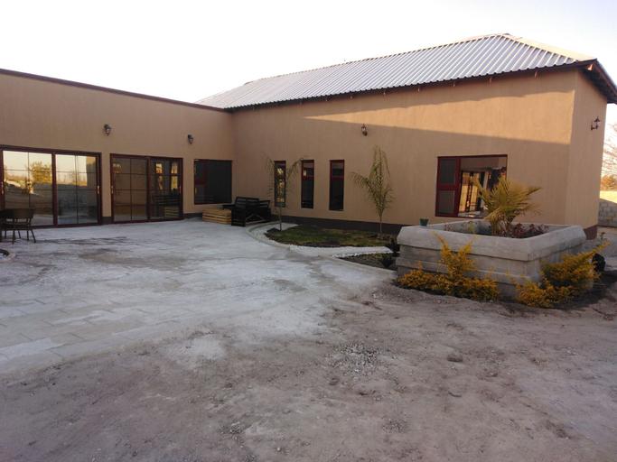Lalani Prestige Guesthouse, Tutume
