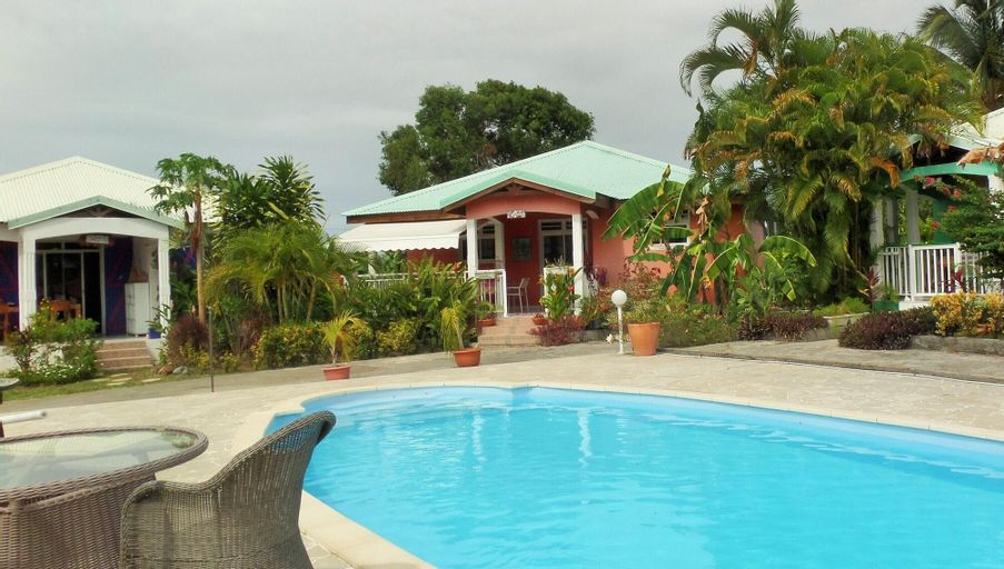 House With 2 Bedrooms in Petit-canal, With Wonderful Mountain View, Po, Petit-Canal