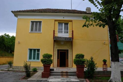 Peshkopia backpacker hostel, Dibrës