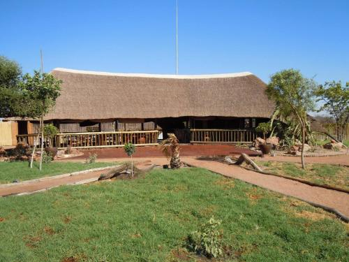 Makumutu Lodge, Lethlakane