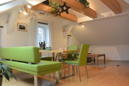 Ferienwohnungen Haus Schatzl, Liezen