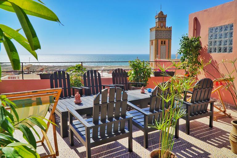 The Surf Hotel, Agadir-Ida ou Tanane