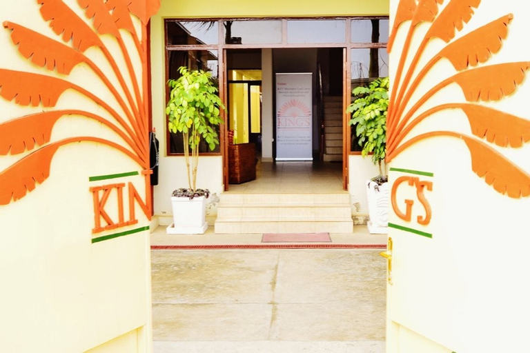 King's Conference Centre, Kinindo
