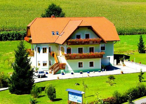 Henndorfer Hof, Jennersdorf