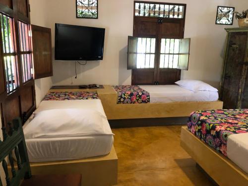 El Carambolo Hotel, Rivera