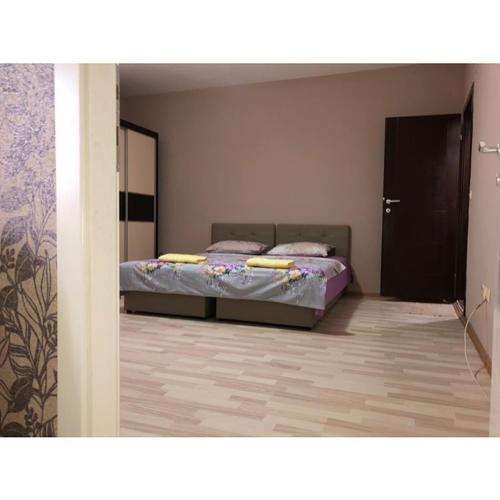 Struga-Rooms/Dhoma/Sobi,