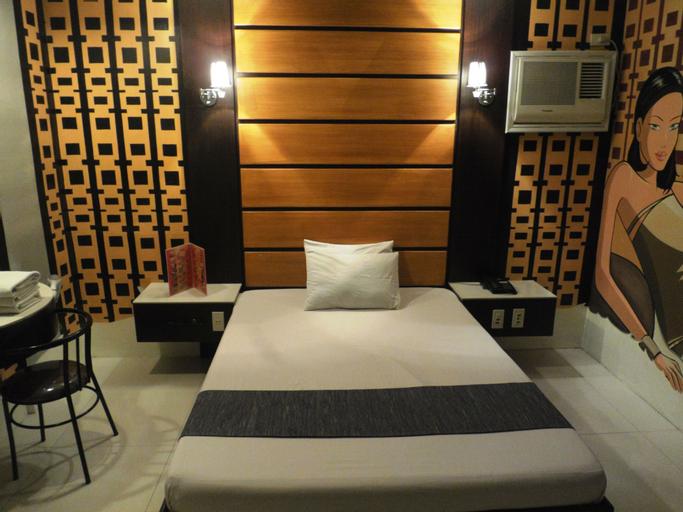 Harts Hotel Quezon City, Quezon City