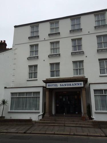 Hotel Sandranne,